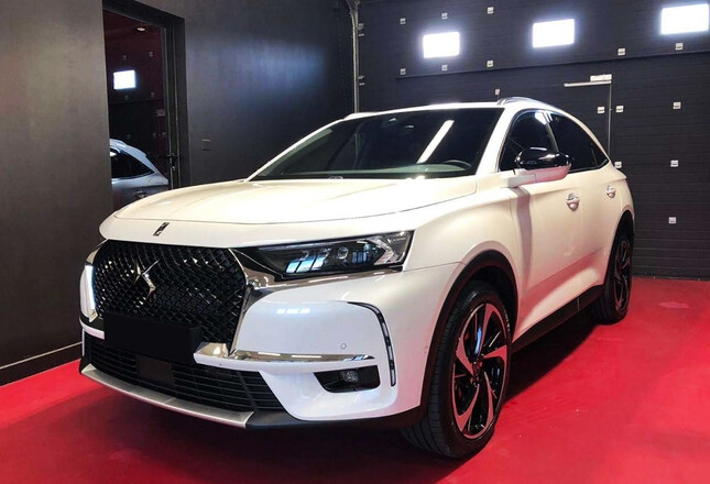 Photo 1 de l'offre de DS DS 7 CROSSBACK PURETECH 225CH GRAND CHIC AUTOMATIQUE 13CV à 49100€ chez YM Automobiles