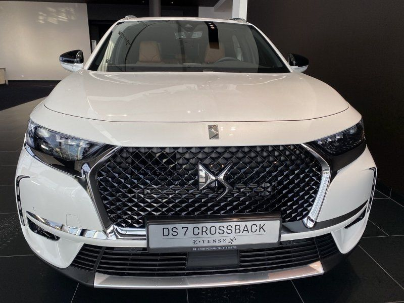 Photo 2 de l'offre de DS DS 7 CROSSBACK PURETECH 225CH GRAND CHIC AUTOMATIQUE 13CV à 53000€ chez YM Automobiles