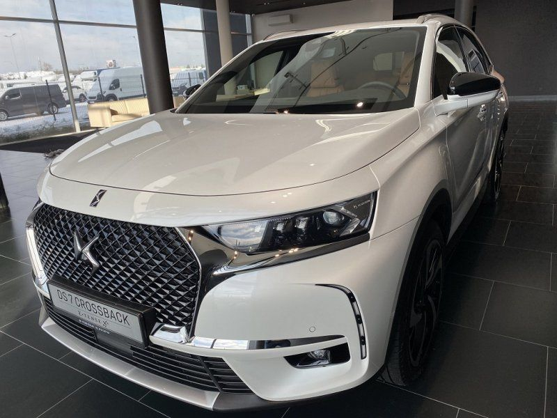 Photo 3 de l'offre de DS DS 7 CROSSBACK PURETECH 225CH GRAND CHIC AUTOMATIQUE 13CV à 53000€ chez YM Automobiles