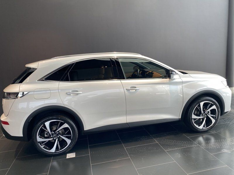 Photo 4 de l'offre de DS DS 7 CROSSBACK PURETECH 225CH GRAND CHIC AUTOMATIQUE 13CV à 53000€ chez YM Automobiles