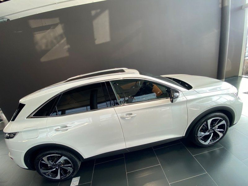 Photo 6 de l'offre de DS DS 7 CROSSBACK PURETECH 225CH GRAND CHIC AUTOMATIQUE 13CV à 53000€ chez YM Automobiles