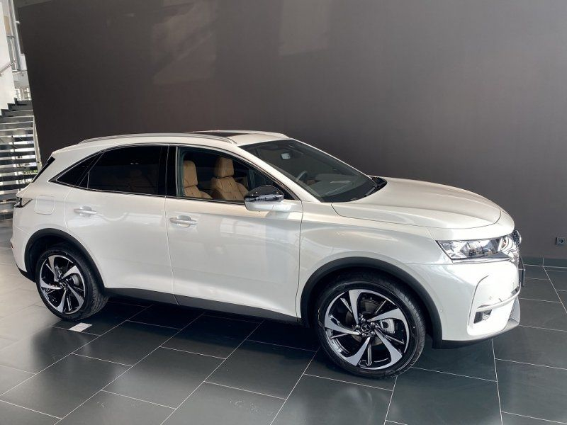 Photo 7 de l'offre de DS DS 7 CROSSBACK PURETECH 225CH GRAND CHIC AUTOMATIQUE 13CV à 53000€ chez YM Automobiles