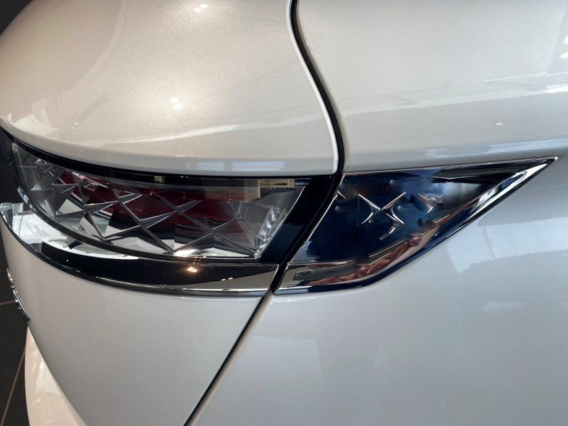Photo 15 de l'offre de DS DS 7 CROSSBACK PURETECH 225CH GRAND CHIC AUTOMATIQUE 13CV à 53000€ chez YM Automobiles
